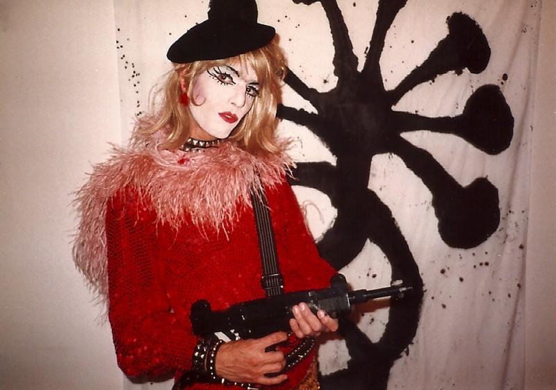 Linda Simpson's The Drag Explosion